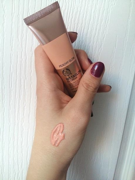 Instaglow CC Cream de la The Body Shop(2)