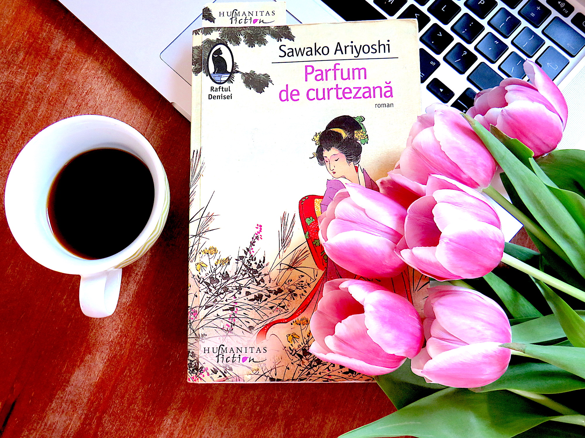 Recenzie de carte: Parfum de curtezană de Sawako Ariyoshi